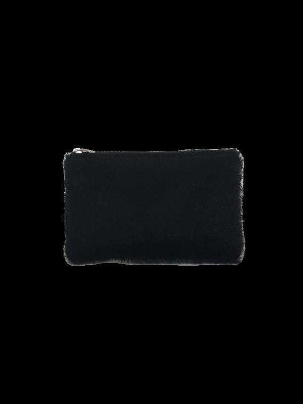 Smuk sort pung i lammeskind med korthåret pels - Unika skind fra Cosystyle