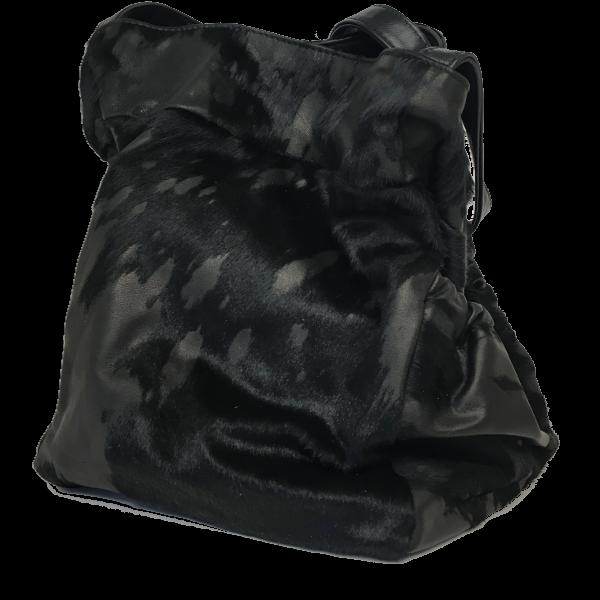 Elegant og smart skuldertaske i sort gedeskind - Unika tske fra Cosystyle