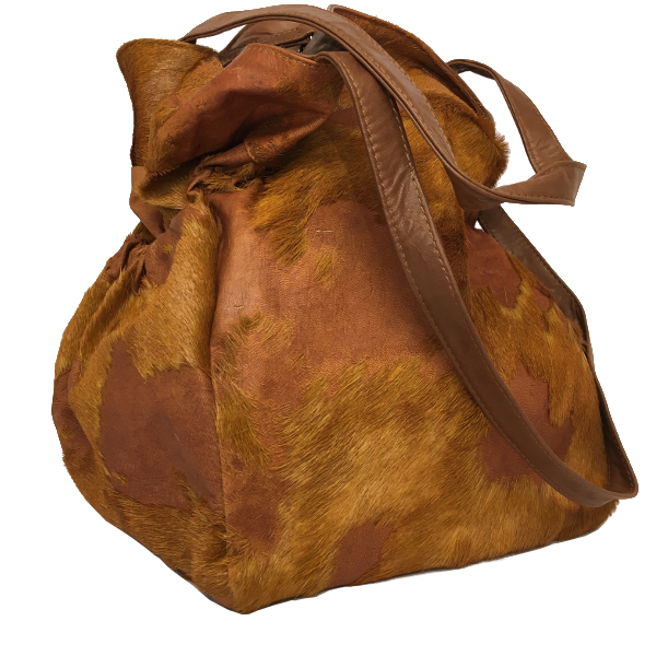 Smart skuldertaske i gedeskind med pels - Unika taske fra Cosystyle