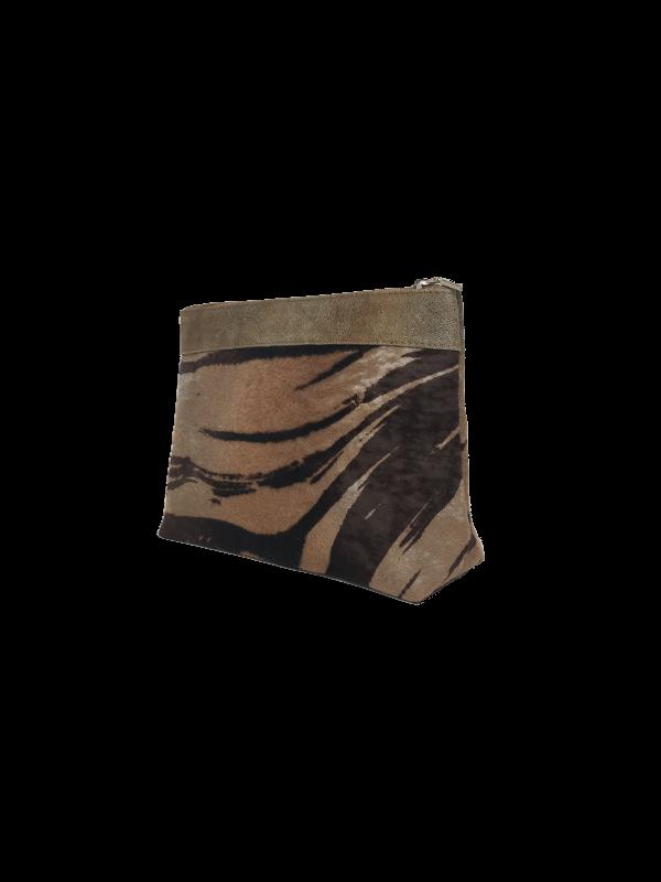 Smuk Makeup taske i sand nuancer - Unika skindtaske fra Cosystyle
